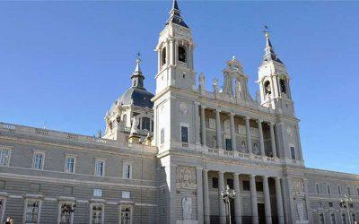 LAS CAMPANAS DE MADRID REPICAN CONTRA LA EUTANASIA Y A FAVOR DE LOS CUIDADOS PALIATIVOSS